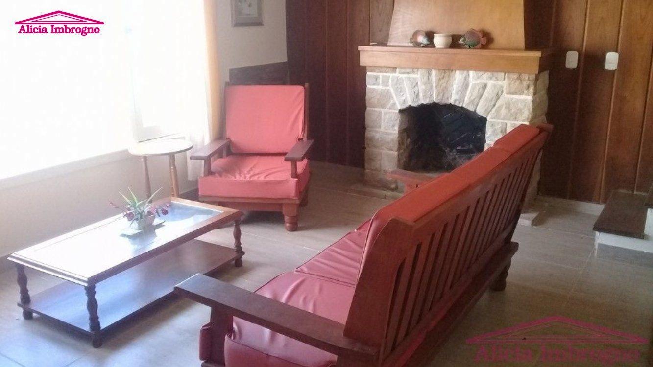 Alquiler temporal de Chalet en Zona V para 10 personas provisto por Alicia Imbrogno Propiedades | Primavera 2019 | Miramar