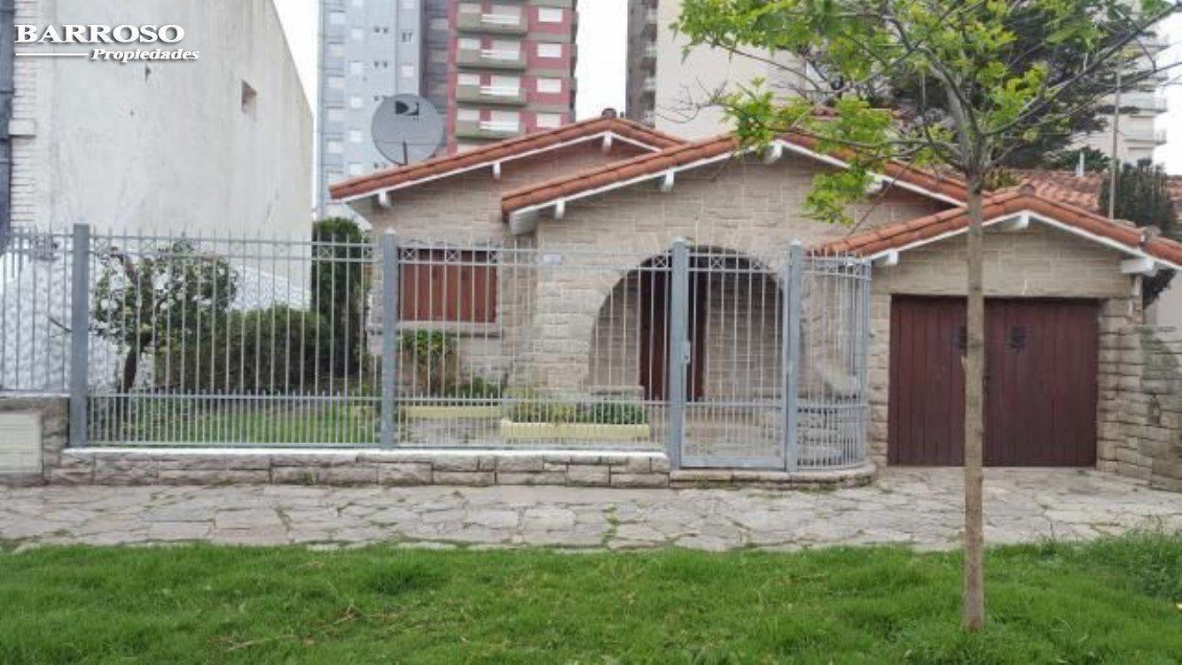Alquiler temporal de Chalet en Zona I para 11 personas provisto por Barroso Propiedades | Invierno 2020 | Miramar