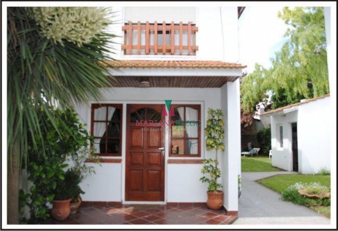 Alquiler temporal de Casa en Zona Todo el año para 6 personas provisto por Mariana Riego Neg. Inmob.   Invierno 2019   Miramar