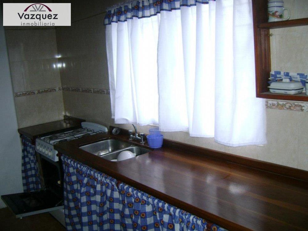 Casa en Alquiler en Miramar ofrecido por Vazquez Inmobiliaria