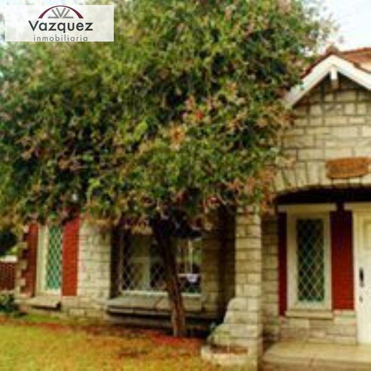 Alquiler temporal de Chalet en Parquemar para 12 personas provisto por Vazquez Inmobiliaria | Primavera 2020 | Miramar