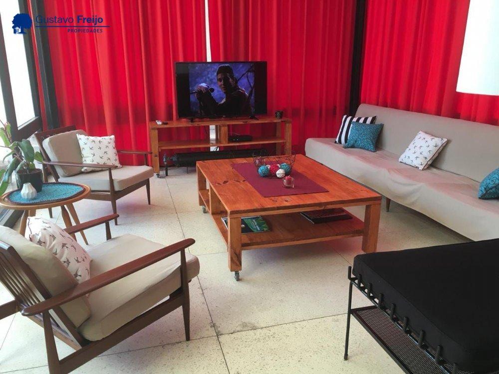 Alquiler temporal de Casa en Zona I para 10 personas provisto por Gustavo Freijo Propiedades | Otoño 2020 | Miramar