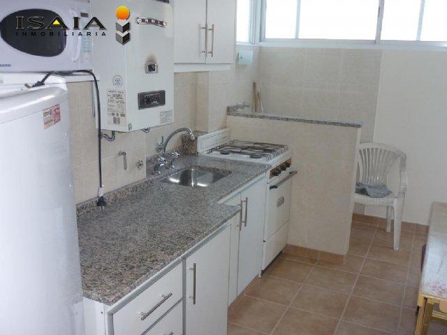 Alquiler temporal de Departamento en Zona I para 6 personas provisto por Isaia Inmobiliaria | Otoño 2020 | Miramar